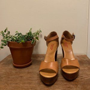 Charles David Italian Leather & Wood Platforms